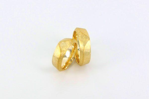 Gelbgold 750- 001
